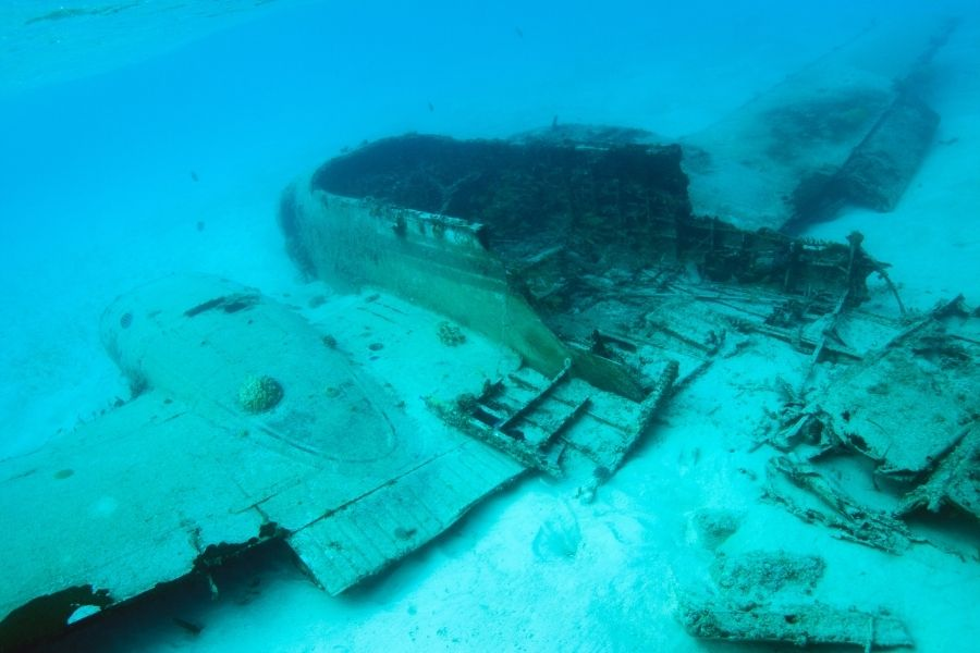 Top Diving Destinations To Get To By Private Jet